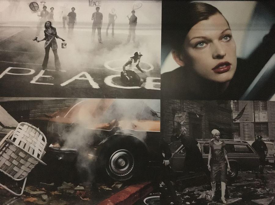 Fotowand mit Inszenierungen von Peter Lindbergh