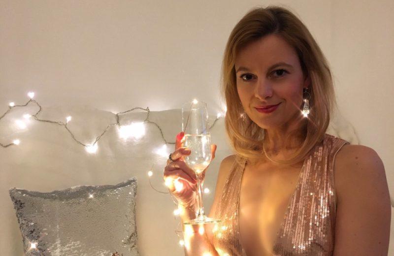 Abendkleid, Glamour und Champagner