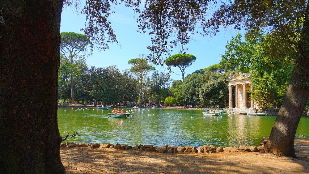 Kleiner See im Park Villa Borghese